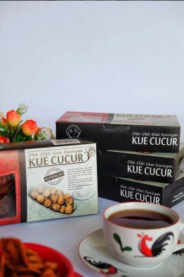 Kue-Cucur-a